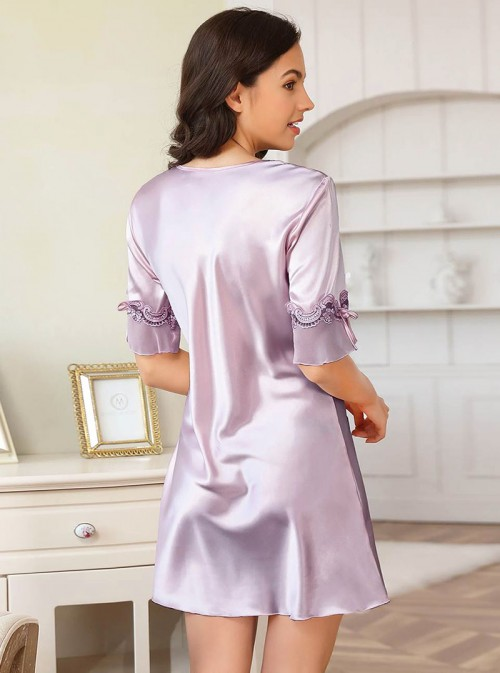 Chemise de nuit en satin violet / mauve pastel | Clarisse